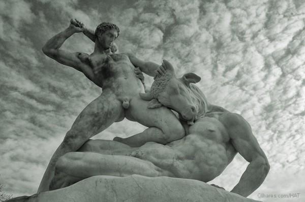 Teseu – Pai mítico da Democracia (Nova Versão)