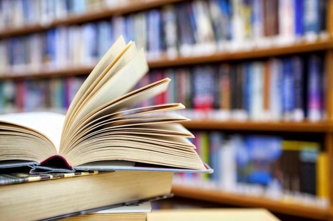Os bons e velhos livros na nossa memória literária.